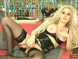 amateur blond webcam huge