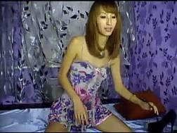 lovely slender exotic webcam