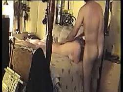 big-assed wife blowjob dick