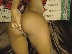camgirl drills tight butt