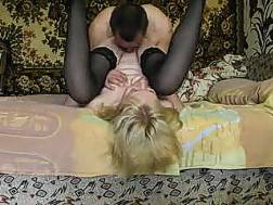 eating wifes pussy fucking