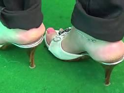 enjoy wearing heels knows