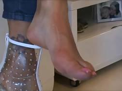 sweaty feet boots