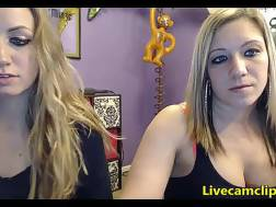 two blondes exciting live