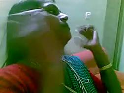 indian lady undresses shows