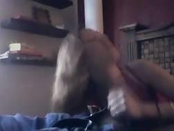 gf enjoys recording blowjobs