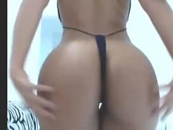 livecam huge booty hispanic