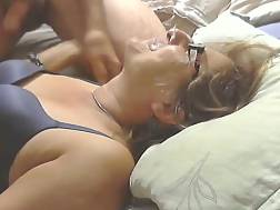 old mature gets facefucked