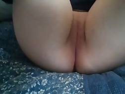 fingerfucking pussy makes cum