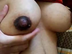 milking large tits