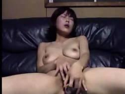 masturbating asian babe