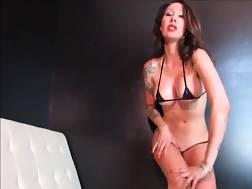 hot mother enjoy exposing