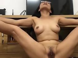 Oriental mamma masturbates