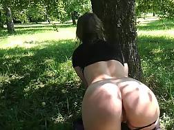 solo beauty jerks outdoors