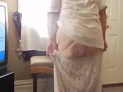 bbw grandmother takes flashes