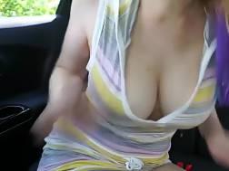 car & pleasuring herself