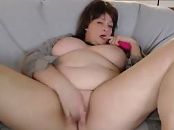 fat mature lady spreads