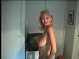 nude blond dances