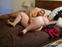 fat couple penetrate &
