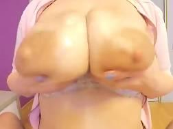busty chick masturbates long