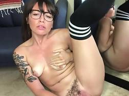 unshaved pussy gets pleased