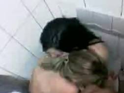 2 lesbians bathroom