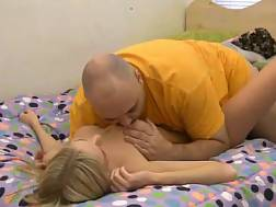 blondie hotty penetrated bed