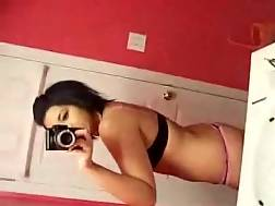 hot chick wants nudes