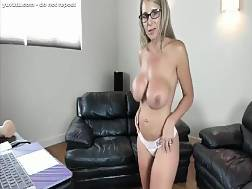 huge breasted mamma riding