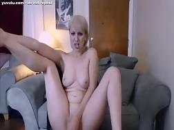 posh blond plays snatch