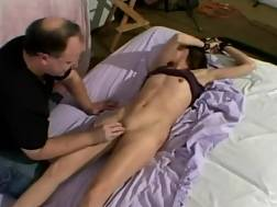 slim girlie undress orgasm