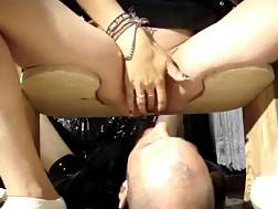 kinky lover squirts face